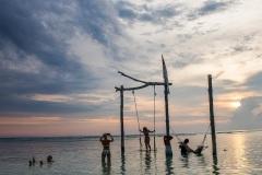На закате. Гили Траванган. Индонезия.