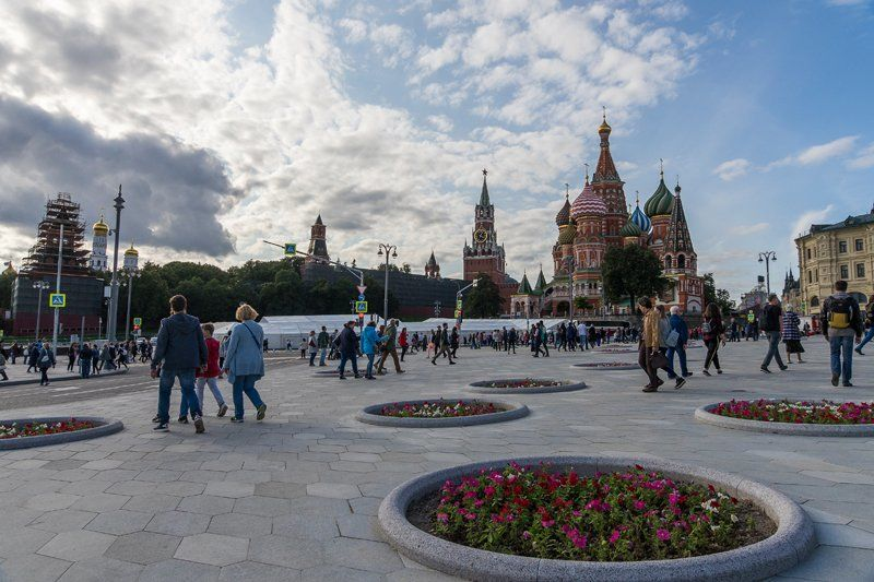 Москве 870-лет