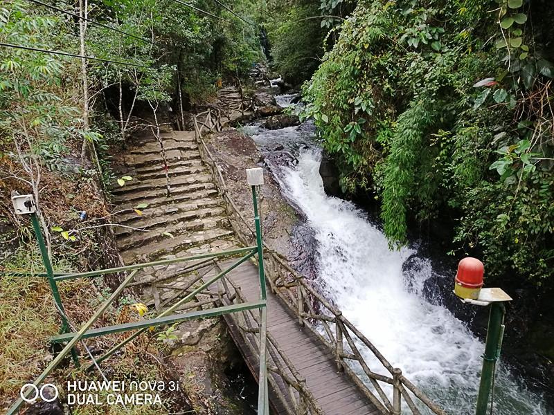 Водопад Дантала. Достопримечательность. Далат. Вьетнам