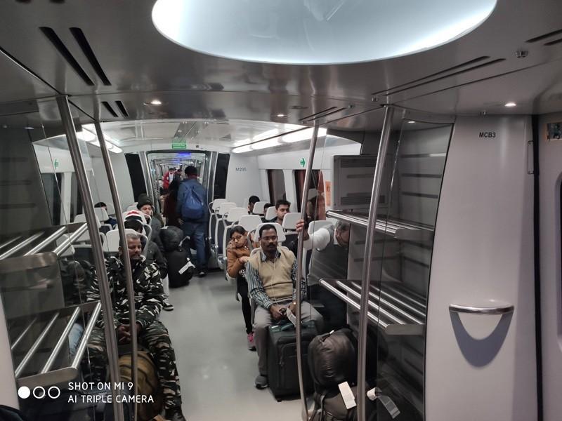 метро Нью-Дели
